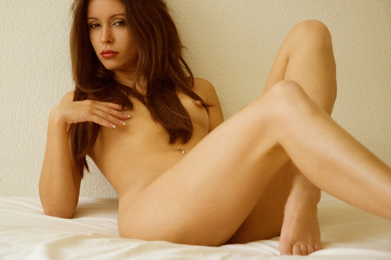 Amateur Nude Glamour Models